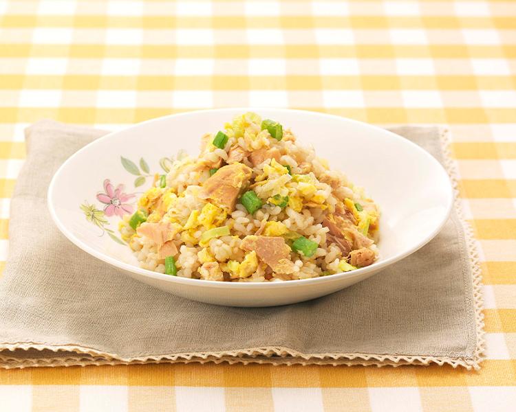 レンジで作る ツナと玄米チャーハン